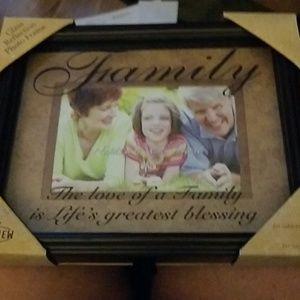 Family saying 4x6 photo frame